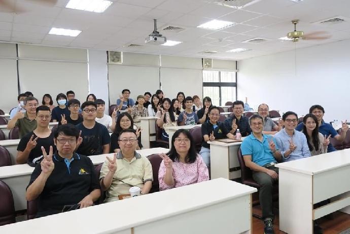 第四屆化材系企業導師圓滿完成!