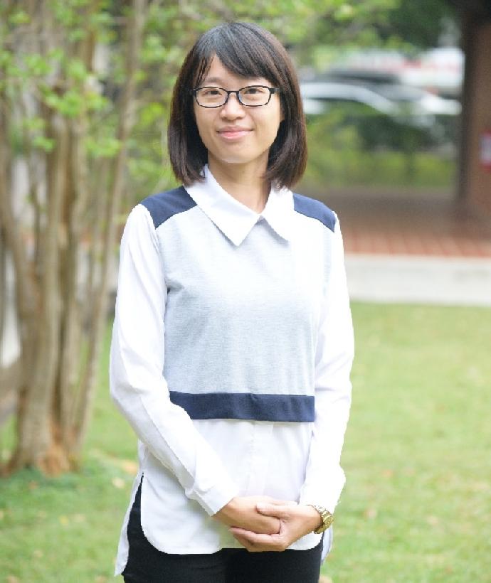 林姿菁 校友服務與社會資源組 組長